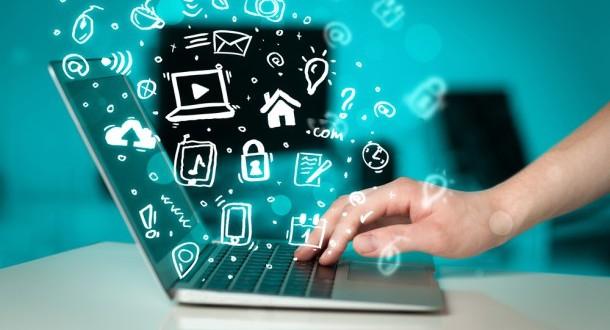 Internet-es-un-recurso-real-para-los-trabajadores-o-es-una-distracción-laboral